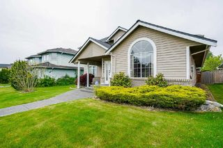 Photo 2: 14243 84 AVENUE in Surrey: Bear Creek Green Timbers House for sale : MLS®# R2580661