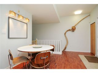 """Photo 6: 2325 ASH Street in Vancouver: Fairview VW Townhouse for sale in """"OMEGA CITIHOMES"""" (Vancouver West)  : MLS®# V846848"""