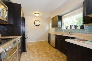 """Photo 10: 964 51A Street in Tsawwassen: Tsawwassen Central House  in """"TSAWWASSEN CENTRAL"""" : MLS®# V898853"""