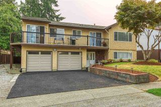 Photo 1: 14768 HALSTEAD Place in Surrey: Guildford House for sale (North Surrey)  : MLS®# R2499454