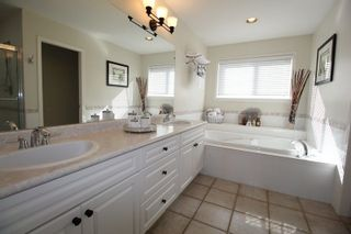 """Photo 11: 21729 MONAHAN Court in Langley: Murrayville House for sale in """"Murray's Corner"""" : MLS®# R2310988"""
