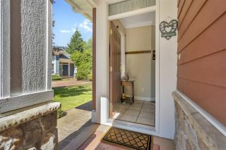 """Photo 2: 52 15055 20 Avenue in Surrey: Sunnyside Park Surrey Townhouse for sale in """"HIGHGROVE"""" (South Surrey White Rock)  : MLS®# R2486559"""