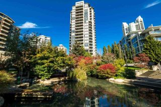 Photo 1: 906 151 W 2ND STREET in North Vancouver: Lower Lonsdale Condo for sale : MLS®# R2332933