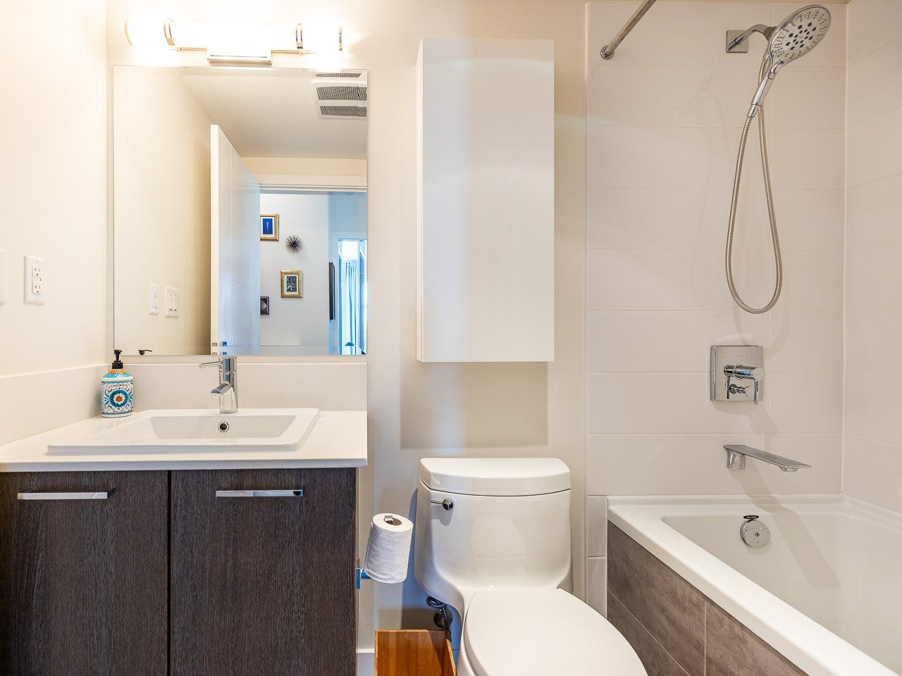 Photo 13: Photos: 306 202 E 24TH AVENUE in Vancouver: Main Condo for sale (Vancouver East)  : MLS®# R2406713
