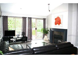 Photo 3: # 42 323 GOVERNORS CT in New Westminster: Fraserview NW Townhouse for sale : MLS®# V1028185