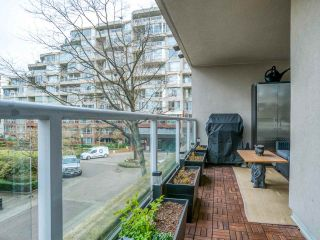 """Photo 30: 304 522 MOBERLY Road in Vancouver: False Creek Condo for sale in """"DISCOVERY QUAY"""" (Vancouver West)  : MLS®# R2550846"""