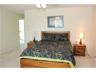 Photo 9: # 160 16275 15TH AV in Surrey: King George Corridor Condo for sale (South Surrey White Rock)  : MLS®# F1419681