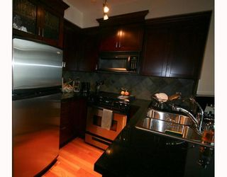 """Photo 3: 109 10 RENAISSANCE Square in New Westminster: Quay Condo for sale in """"MURANO"""" : MLS®# V800690"""