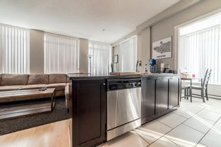 """Photo 4: 706 1001 HOMER Street in Vancouver: Yaletown Condo for sale in """"BENTLEY"""" (Vancouver West)  : MLS®# R2219801"""