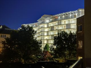 Photo 6: 704 66 Songhees Rd in : VW Songhees Condo for sale (Victoria West)  : MLS®# 867346