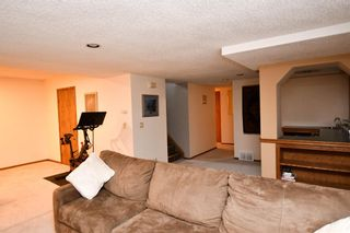Photo 34: 2936 Burgess Drive NW in Calgary: Brentwood Detached for sale : MLS®# A1099154
