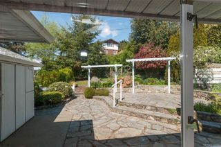 Photo 18: 2002 Lorne Terr in Oak Bay: OB Gonzales House for sale : MLS®# 838091