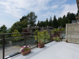 "Photo 12: 2411 SHADBOLT LN in West Vancouver: Panorama Village Townhouse for sale in ""Klahaya"" : MLS®# V1021422"