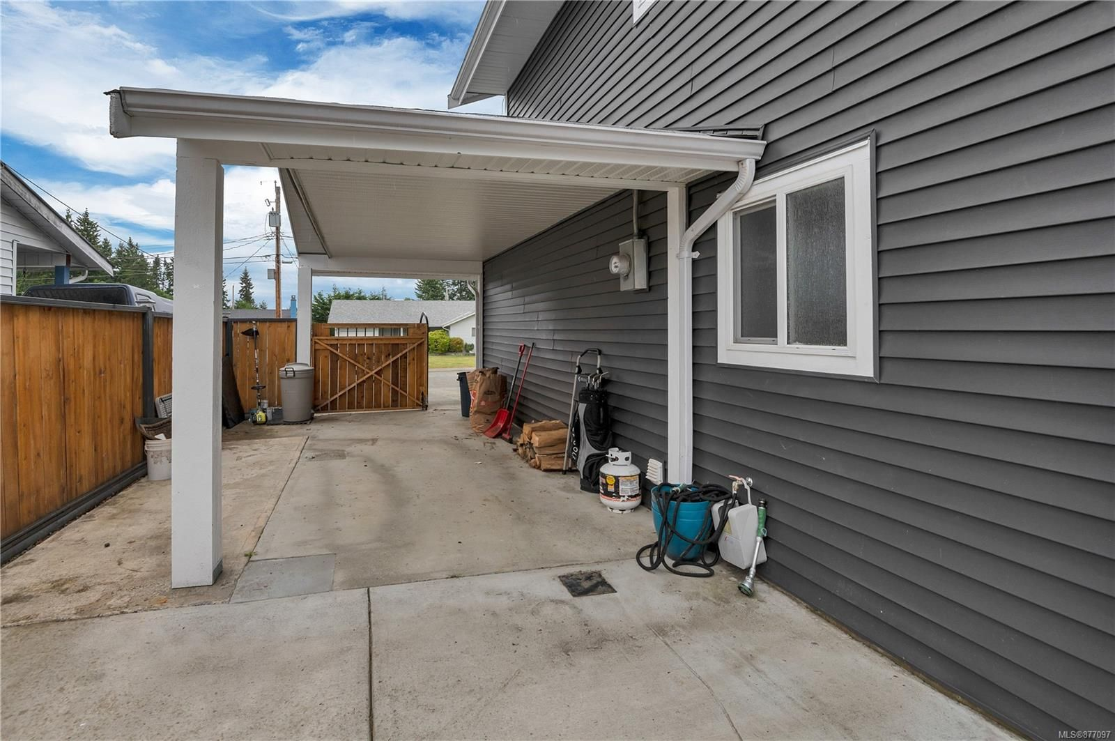 Photo 33: Photos: 2876 Fairmile Rd in : CR Willow Point House for sale (Campbell River)  : MLS®# 877097