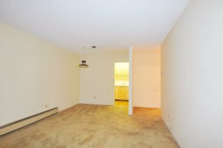 """Photo 6: 404 601 NORTH Road in Coquitlam: Coquitlam West Condo for sale in """"THE WOLVERTON"""" : MLS®# R2460723"""