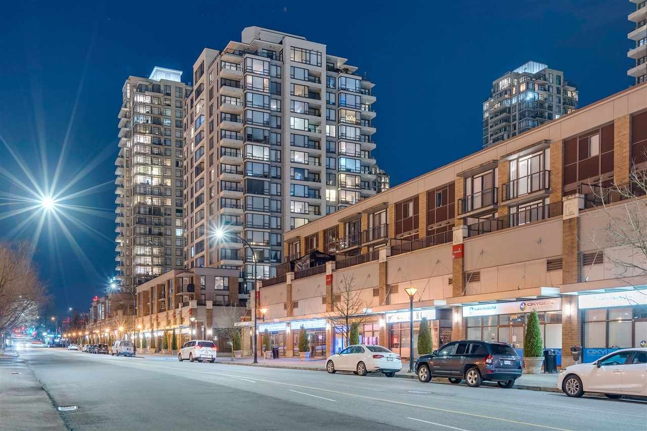 Main Photo: 1608 4182 DAWSON STREET in Burnaby: Brentwood Park Condo for sale (Burnaby North)  : MLS®# R2369350