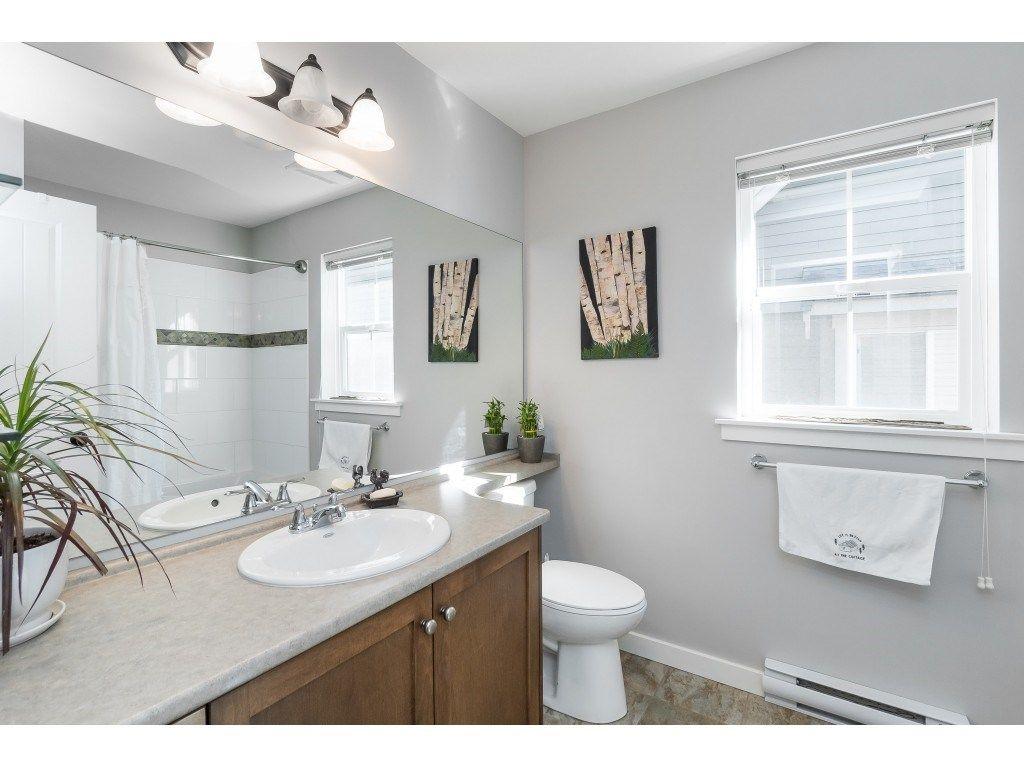 Photo 16: Photos: 1873 BLACKBERRY Lane: Lindell Beach House for sale (Cultus Lake)  : MLS®# R2437543