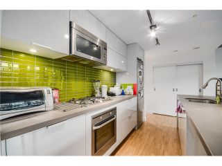 "Photo 4: 702 128 W CORDOVA Street in Vancouver: Downtown VW Condo for sale in ""Woodwards"" (Vancouver West)  : MLS®# V1066426"