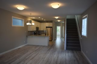 Photo 3: 9118 66 Avenue in Edmonton: Zone 17 House for sale : MLS®# E4264017