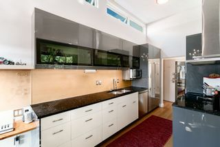 """Photo 4: 405 1435 NELSON Street in Vancouver: West End VW Condo for sale in """"The Westport"""" (Vancouver West)  : MLS®# R2392801"""
