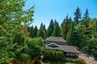 Photo 16: 275 MONTROYAL Boulevard in North Vancouver: Upper Delbrook House for sale : MLS®# R2603979