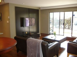 """Photo 2: 112 1424 WALNUT Street in Vancouver: Kitsilano Condo for sale in """"WALNUT PLACE"""" (Vancouver West)  : MLS®# V707285"""