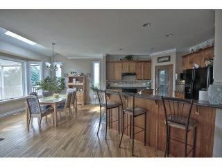 Photo 7: 8034 LITTLE TE in Mission: Mission BC House for sale : MLS®# F1447088
