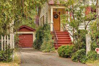 Photo 2: 2184 Lafayette St in Oak Bay: OB South Oak Bay House for sale : MLS®# 844173