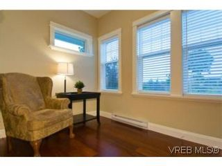 Photo 3: 3 1290 Richardson St in VICTORIA: Vi Fairfield West Row/Townhouse for sale (Victoria)  : MLS®# 490830