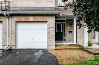 Photo 2: 200 TALLTREE CRESCENT in Ottawa: House for rent : MLS®# 1260437
