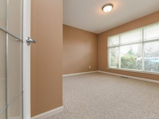 Photo 8: 106 2077 St Andrews Way in COURTENAY: CV Courtenay East Row/Townhouse for sale (Comox Valley)  : MLS®# 836791