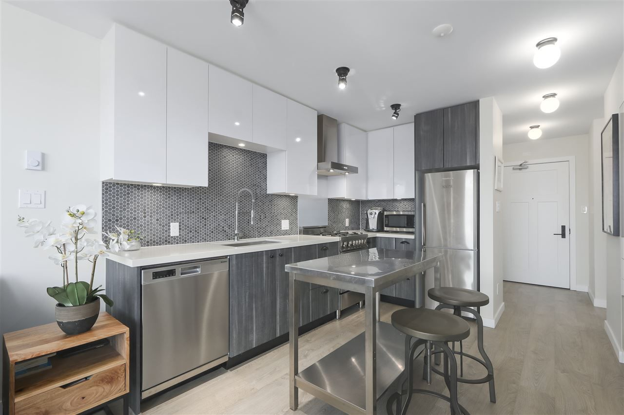 Photo 1: Photos: 406 311 E 6TH AVENUE in Vancouver: Mount Pleasant VE Condo for sale (Vancouver East)  : MLS®# R2401439