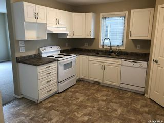 Photo 3: 105 503 Colonel Otter Drive in Swift Current: Highland Residential for sale : MLS®# SK831665