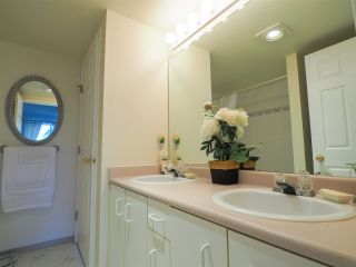 "Photo 8: 13 39920 GOVERNMENT Road in Squamish: Garibaldi Estates Townhouse for sale in ""Shannon Estates"" : MLS®# R2489214"