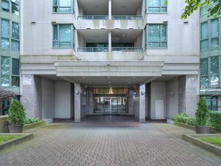 """Photo 27: 1708 7380 ELMBRIDGE Way in Richmond: Brighouse Condo for sale in """"The Residences"""" : MLS®# R2591232"""