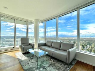 """Photo 2: 2102 8555 GRANVILLE Street in Vancouver: S.W. Marine Condo for sale in """"Granville @ 70TH"""" (Vancouver West)  : MLS®# R2543146"""