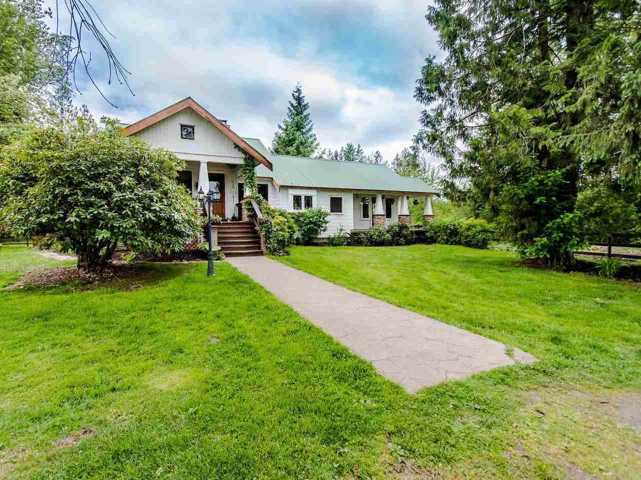 """Main Photo: 3555 264 Street in Langley: Otter District House for sale in """"ALDERGROVE"""" : MLS®# R2457531"""