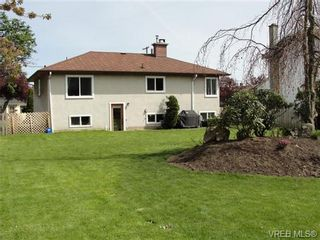 Photo 19: 542 Joffre St in VICTORIA: Es Saxe Point House for sale (Esquimalt)  : MLS®# 669680