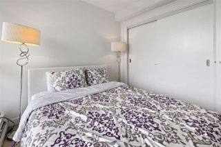 """Photo 19: 1311 10777 UNIVERSITY Drive in Surrey: Whalley Condo for sale in """"CITY POINT"""" (North Surrey)  : MLS®# R2537926"""