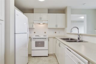 """Photo 7: 804 2799 YEW Street in Vancouver: Kitsilano Condo for sale in """"TAPESTRY AT THE ARBUTUS WALK (O'KEEFE)"""" (Vancouver West)  : MLS®# R2537364"""