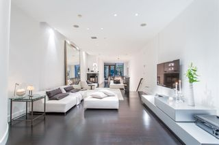 """Main Photo: TH1247 HOMER Street in Vancouver: Yaletown Townhouse for sale in """"ILIAD"""" (Vancouver West)  : MLS®# R2601516"""