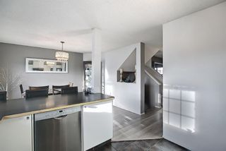 Photo 11: 3204 7171 Coach Hill Road SW in Calgary: Coach Hill Row/Townhouse for sale : MLS®# A1087587