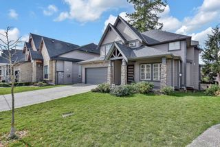 Photo 2: 6065 181 Street in Surrey: Cloverdale BC House for sale (Cloverdale)  : MLS®# R2554033