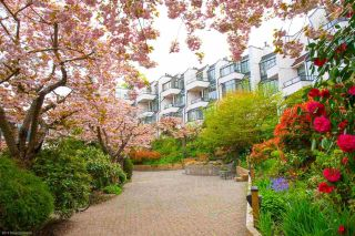 """Photo 1: 4 1201 LAMEY'S MILL Road in Vancouver: False Creek Townhouse for sale in """"Alder Bay Place"""" (Vancouver West)  : MLS®# R2526493"""