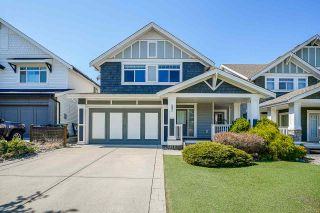 """Photo 1: 8351 209A Street in Langley: Willoughby Heights House for sale in """"Lakeside at Yorkson"""" : MLS®# R2568017"""