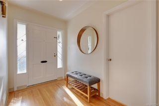 Photo 6: 3026 Westdowne Rd in : OB Henderson House for sale (Oak Bay)  : MLS®# 827738