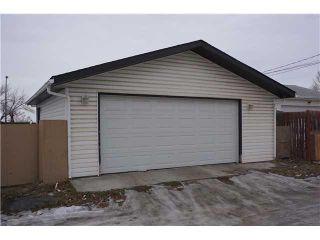 Photo 16: 6305 PENBROOKE Drive SE in Calgary: Penbrooke House for sale : MLS®# C3645933