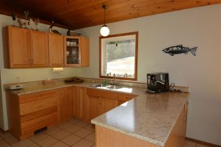 Photo 10: 3805 NIELSEN Road in Smithers: Smithers - Rural House for sale (Smithers And Area (Zone 54))  : MLS®# R2573908