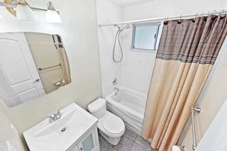 Photo 9: Main Fl 261 S Taylor Mills Drive in Richmond Hill: Crosby House (Bungalow) for lease : MLS®# N5294317