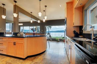 Photo 11: 5697 Sooke Rd in : Sk Saseenos House for sale (Sooke)  : MLS®# 864007